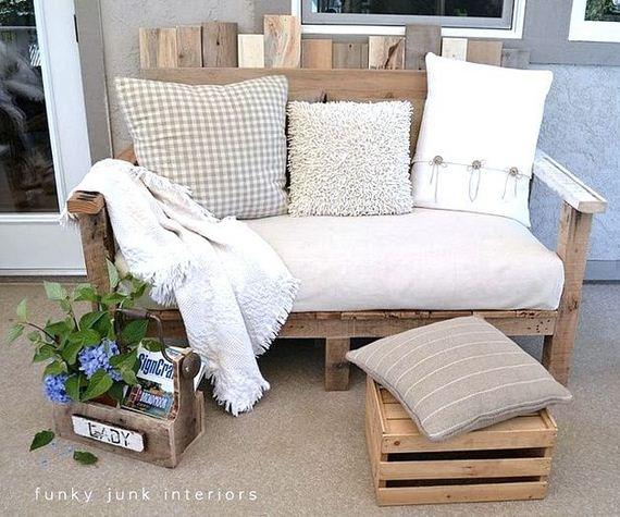 01-Backyard-Furniture-DIY