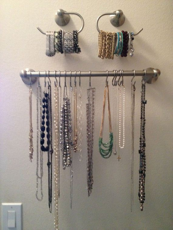 01-Closet-and-Drawer-Organizing-Ideas