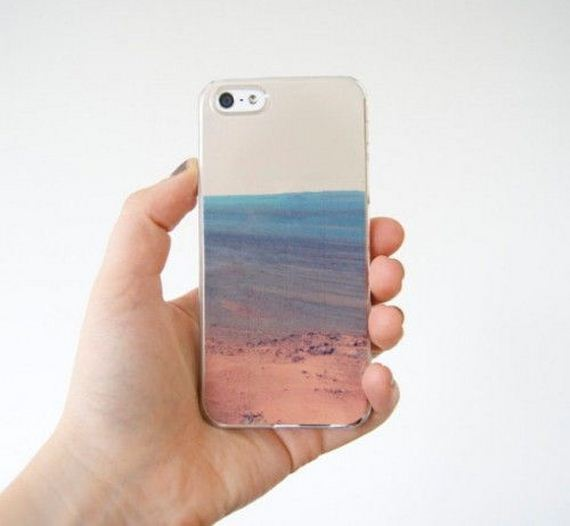 03-DIY-Phone-Cases-You-Can-Make