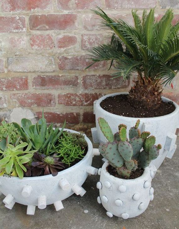 03-DIY-Pretty-Plant-Pots-You-Can-Create