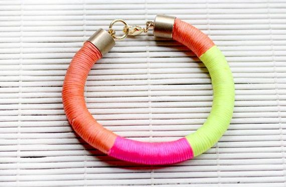 03-In-Style-Do-It-Yourself-Bracelet