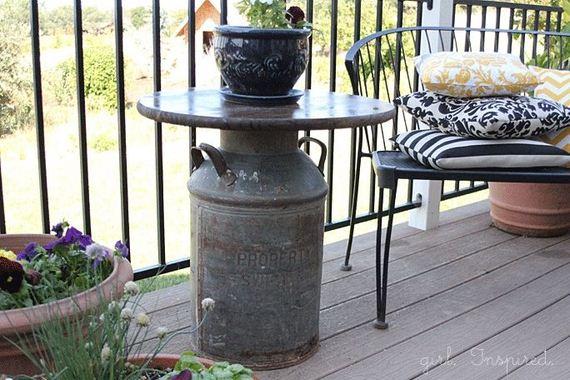 07-Backyard-Furniture-DIY