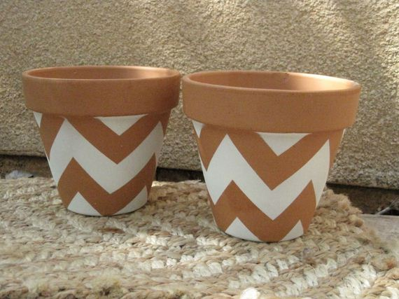 07-DIY-Pretty-Plant-Pots-You-Can-Create