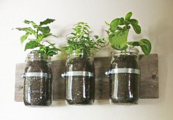 07-DIY-Vertical-Garden