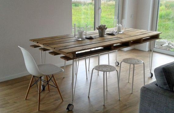 09-DIY-Pallet-Tables