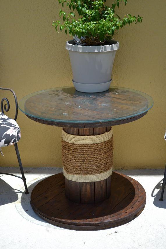 10-Backyard-Furniture-DIY