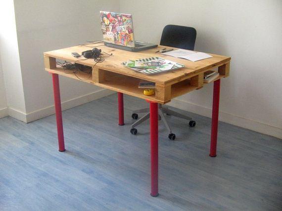 10-DIY-Pallet-Tables