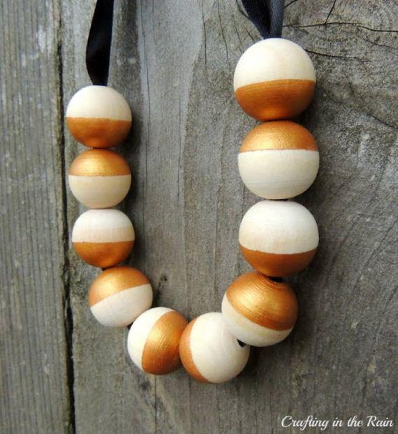 10-Wooden-Jewelry