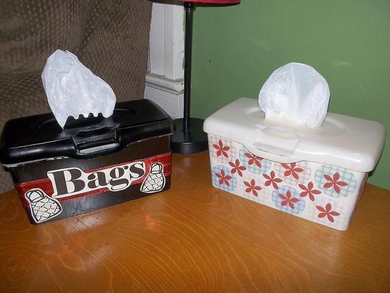 13-Awesome-Ways-to-Reuse-Baby-Wipes-Containers