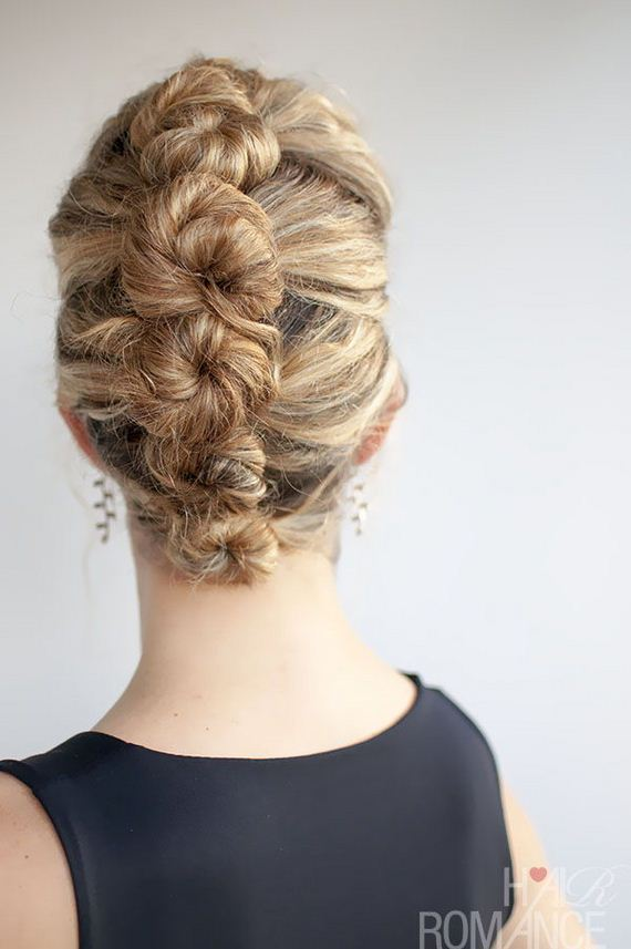 13-Quick-And-Easy-Hair-Buns