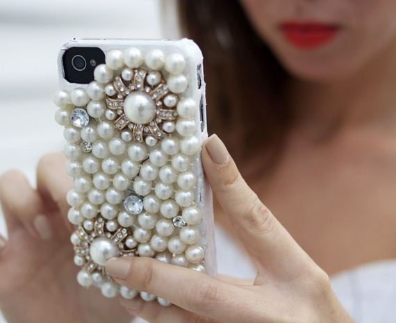 14-DIY-Phone-Cases-You-Can-Make