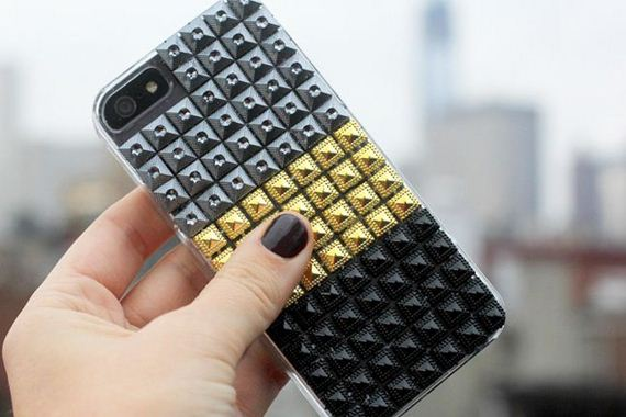 16-DIY-Phone-Cases-You-Can-Make