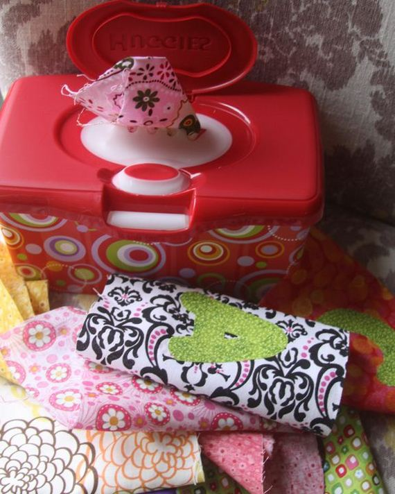 21-Awesome-Ways-to-Reuse-Baby-Wipes-Containers