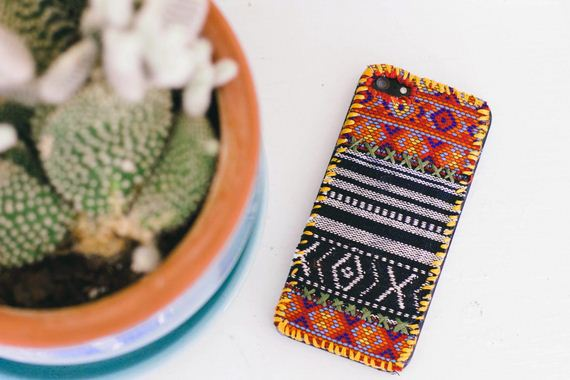 21-DIY-Phone-Cases-You-Can-Make