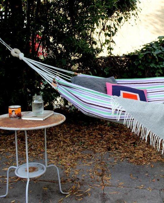 23-Backyard-Furniture-DIY