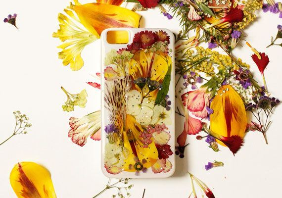 23-DIY-Phone-Cases-You-Can-Make