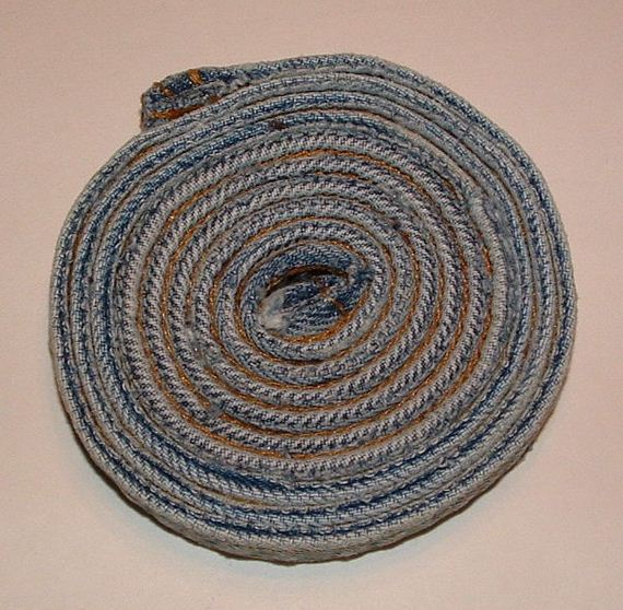 23-Ways-to-Reuse-Denim-Jeans