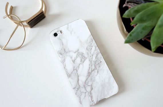 25-DIY-Phone-Cases-You-Can-Make