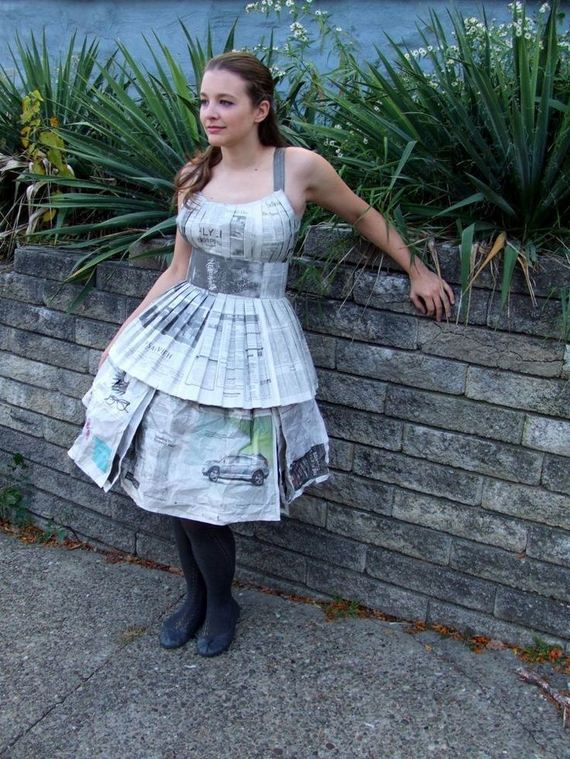 28-DIY-Ideas-For-Old-Newspapers