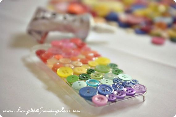 28-DIY-Phone-Cases-You-Can-Make