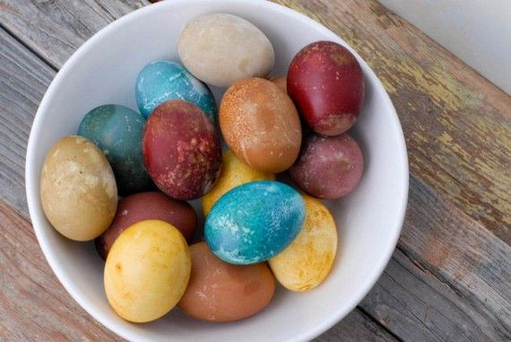 29-Ways-to-Decorate-Easter-Eggs