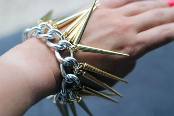 32-In-Style-Do-It-Yourself-Bracelet