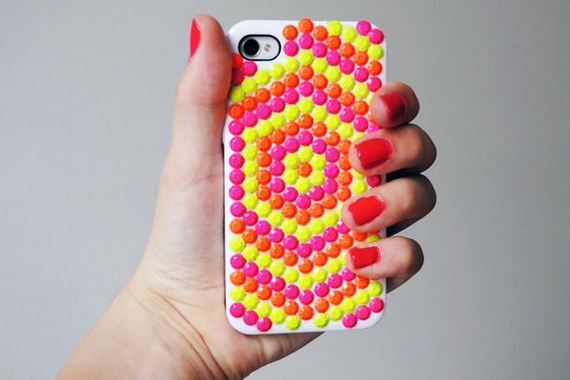 40-DIY-Phone-Cases-You-Can-Make