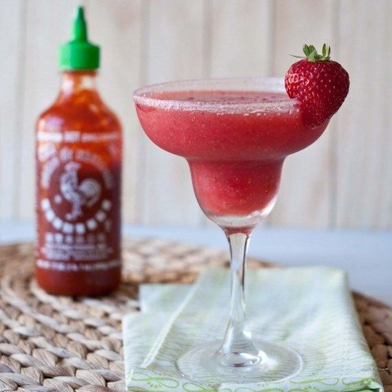 40-Spice-Up-Recipes-with-Sriracha