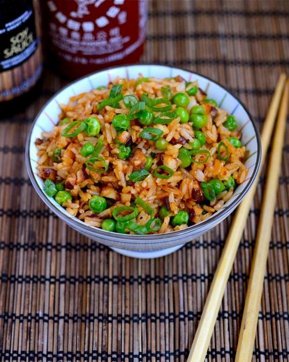 46-Spice-Up-Recipes-with-Sriracha
