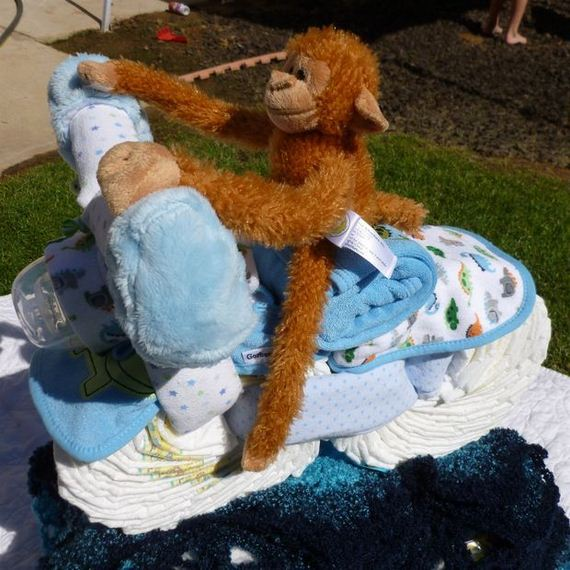 01-Stunning-Diaper-Cakes