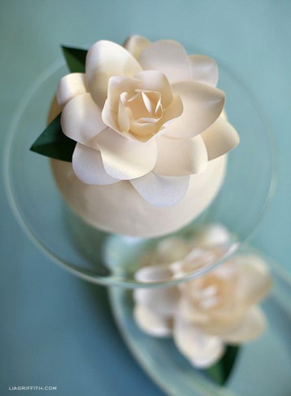 02-DIY-Paper-Flower