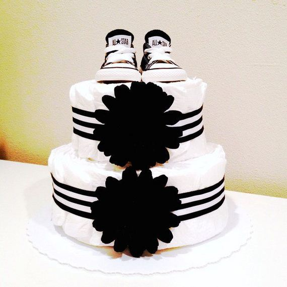 02-Stunning-Diaper-Cakes