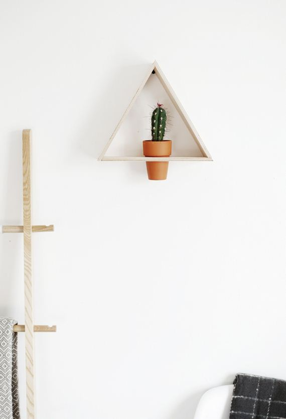 02-diy-floating-wood-night-stand