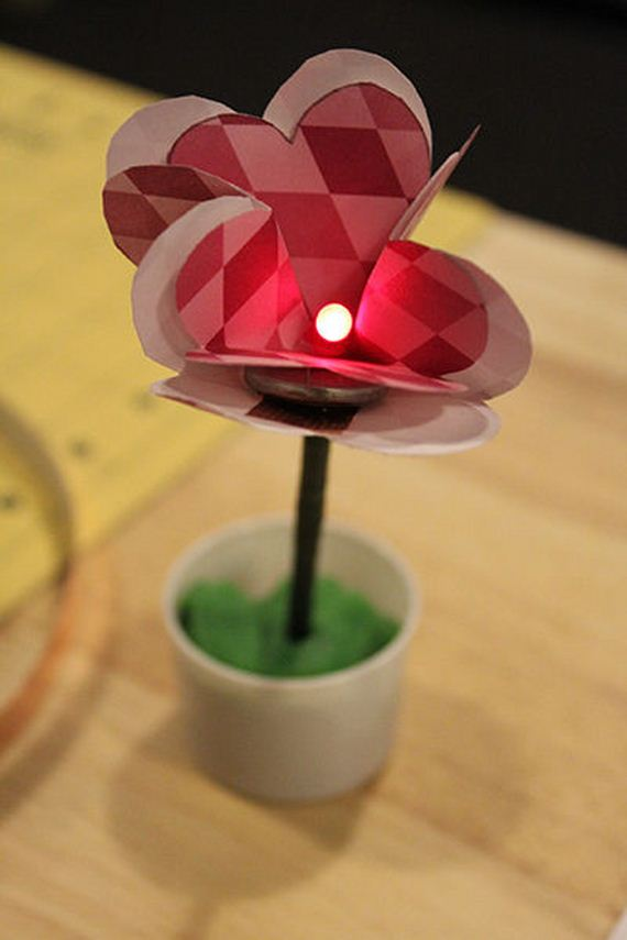03-DIY-Paper-Flower