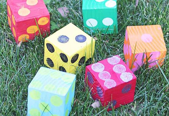 04-Incredibly-Fun-Outdoor-Crafts-For-Kids