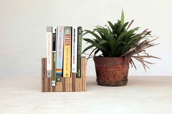 13-diy-floating-wood-night-stand