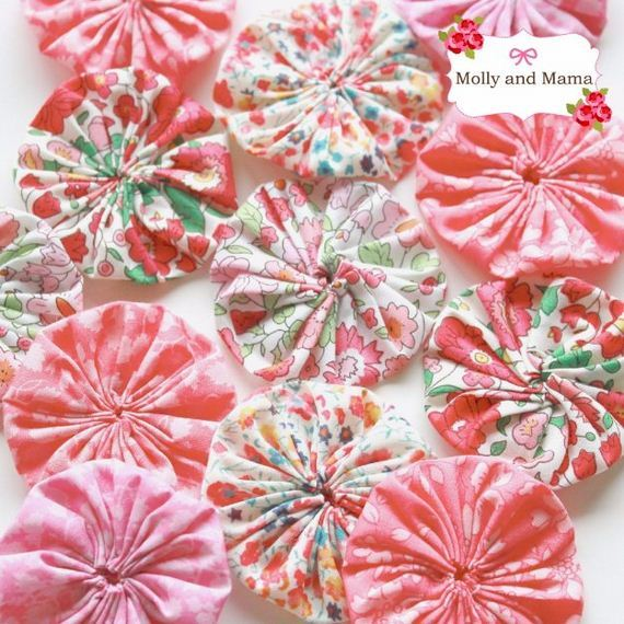 15-Fabric-Scrap-Rosette-Pillow