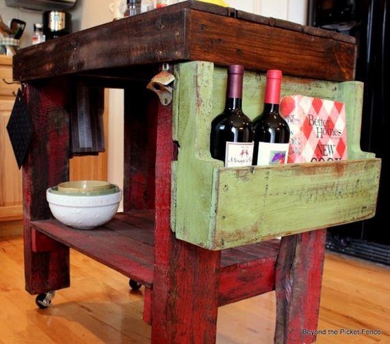 17-Pallet-Furniture-Ideas