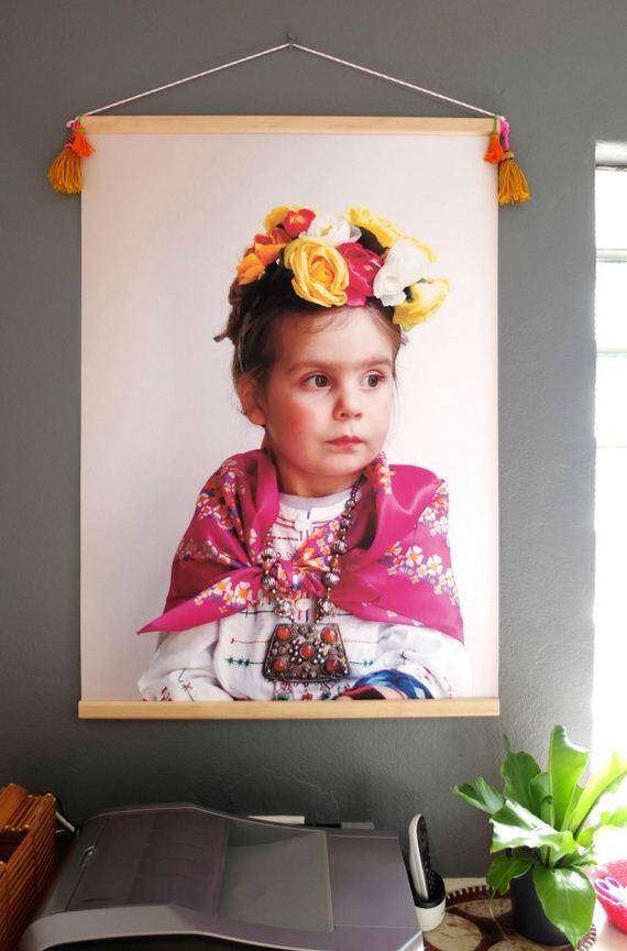 20-DIY-Poster-Frame