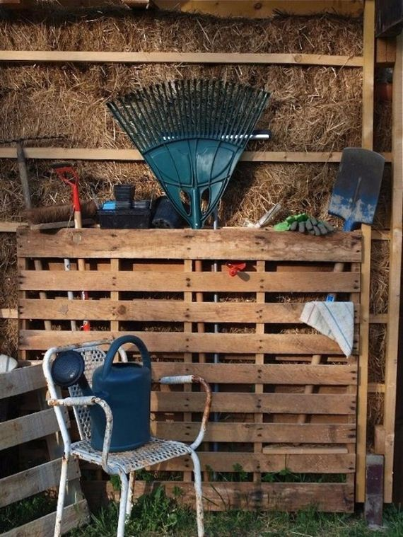 22-Pallet-Furniture-Ideas