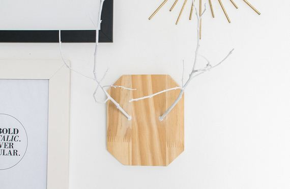 29-diy-floating-wood-night-stand