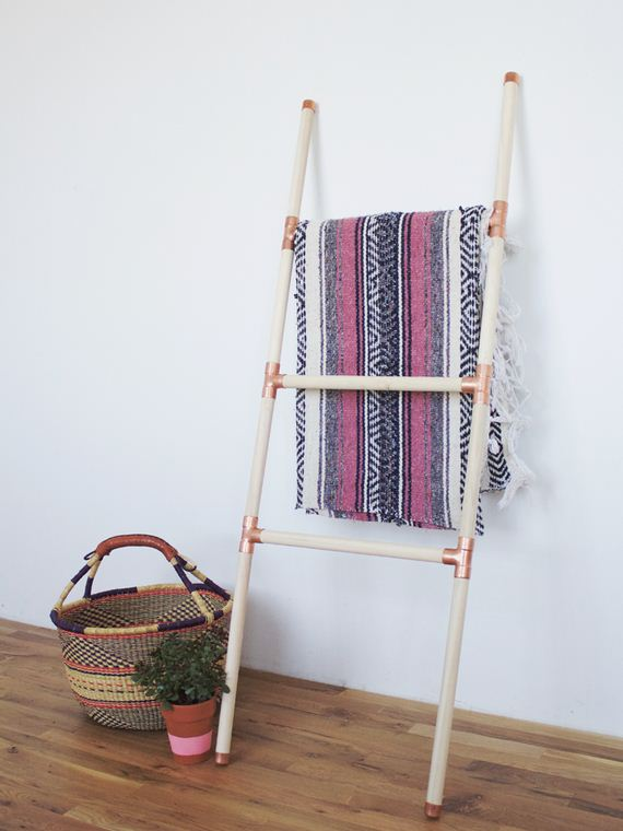 32-diy-floating-wood-night-stand