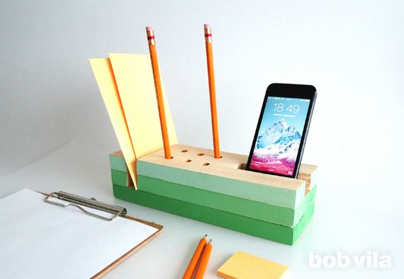 41-diy-floating-wood-night-stand