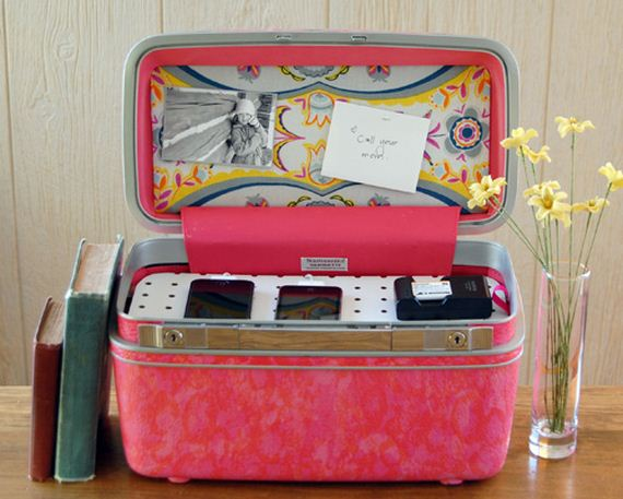 03-Incredible-Ideas-To-Upcycle-An-Old-Suitcase