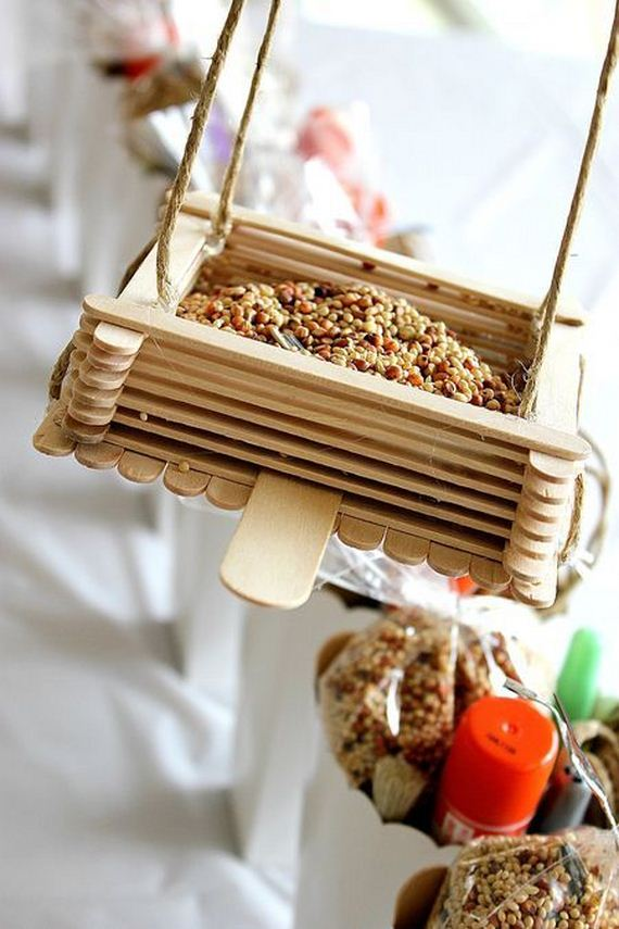 10-Homemade-Bird-Feeders