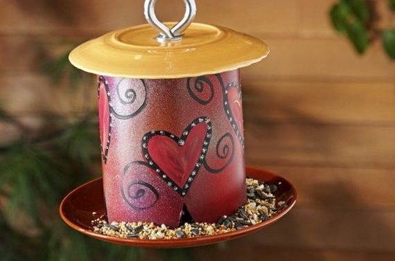 11-Homemade-Bird-Feeders