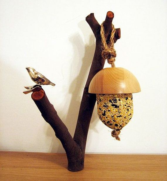 13-Homemade-Bird-Feeders
