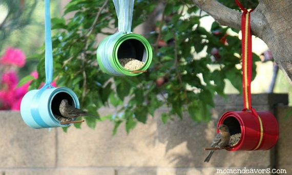 35-Homemade-Bird-Feeders