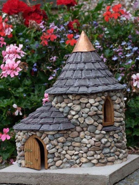 09-Mini-Garden-Stone-Houses