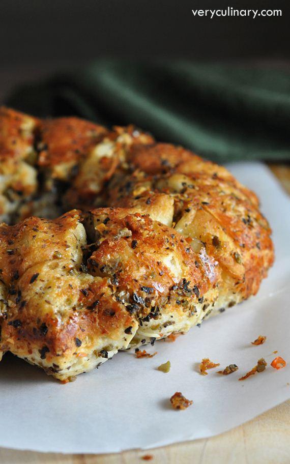 29-buffalo-chicken-pull-apart-bread
